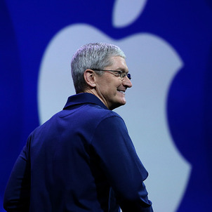 Appleのティム・クックCEO (C) Getty Images